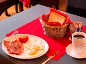 namastat lodge restaurant for breakfast